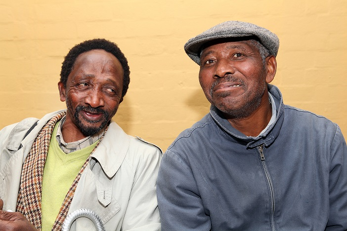 Against the Grain - Patrick Holo and Luthando Lupuwana, ISANG14 August 2013 (photo: C.Beyer Copyright Iziko Museums)