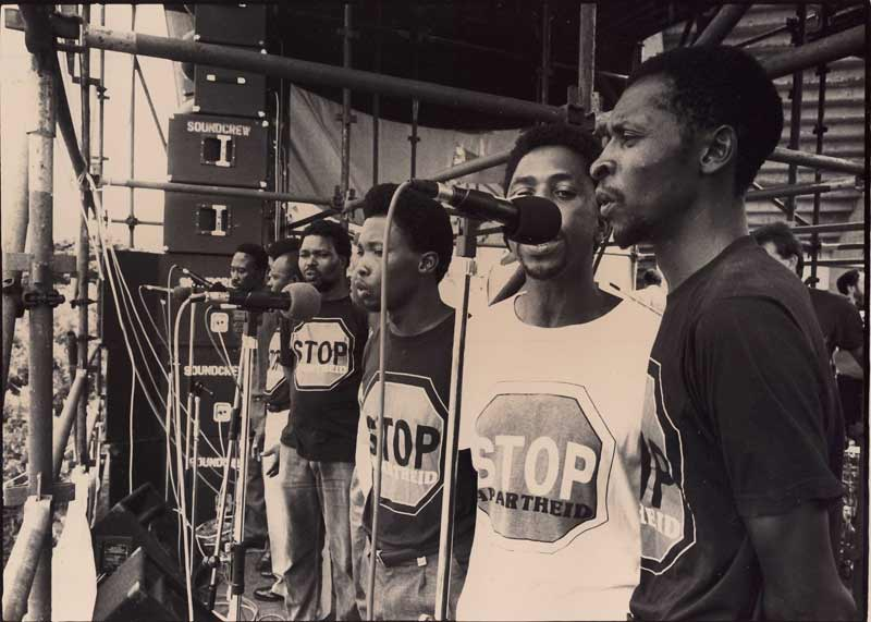 Sarmcol workers, Mandela welcome rally, Kings Park Stadium, Durban -1990 (photo: Myron Peters)