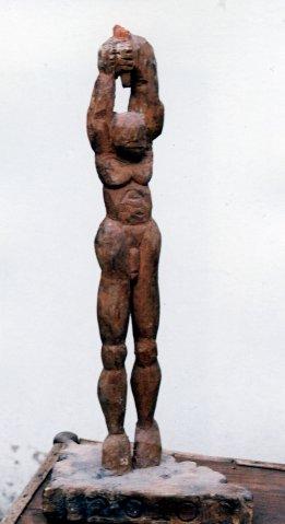 Isaac Nkululeko Makeleni - 2010. Wood, c. 2006 (Collection: M. Pissarra. Photo: MP)