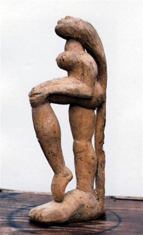 Isaac Nkululeko Makeleni - Dancer. Wood (Collection: M. Pissarra Photo: MP)