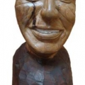 Isaac Nkululeko Makeleni - F.W. de Klerk (Nobel laureate series). Wood, 35 cm (h), 2007 (Collection: M. Makeleni. Photo: Cape Gallery)