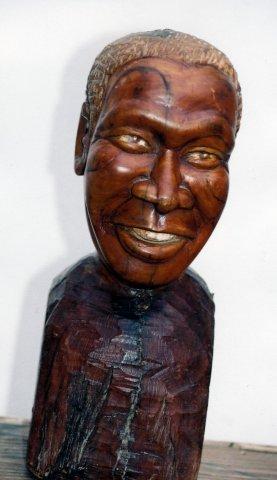 Albert Luthuli (Nobel laureate series), 2007. Wood, 33.5 cm (Collection: M. Makeleni. Photo: MP)