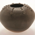 <em>Ukhamba</em>, 2006. Smoked terracotta, 12.8 x 16.8 cm (Image courtesy of DAG)
