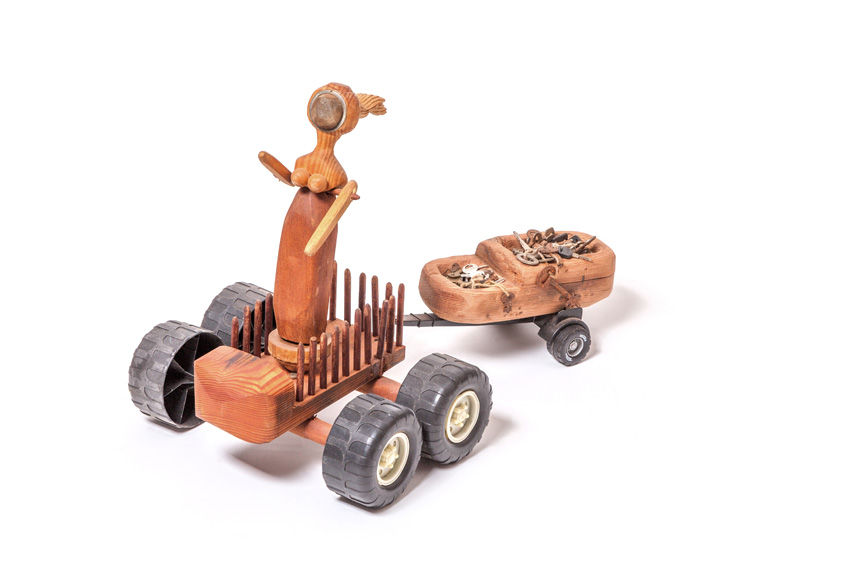 Queen I, 2013-16. Wood with jelutong, plastic wheels, keys, metal and tea strainer, 61 x 43 x 35 cm