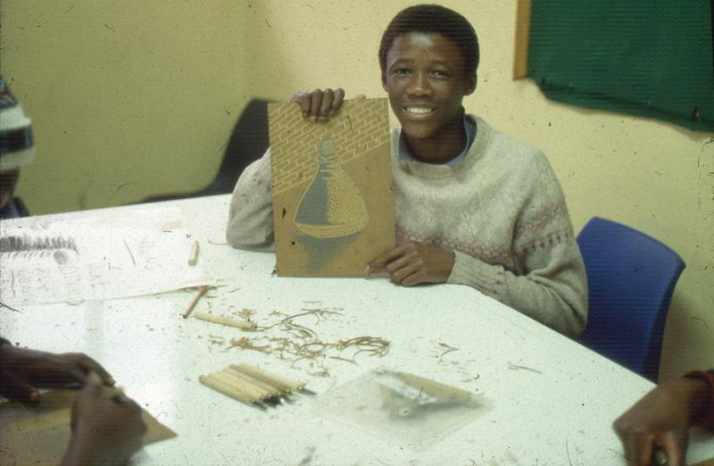 Visual Arts Group workshop, Zolani Centre, Nyanga East, 1992 (photo: MP)